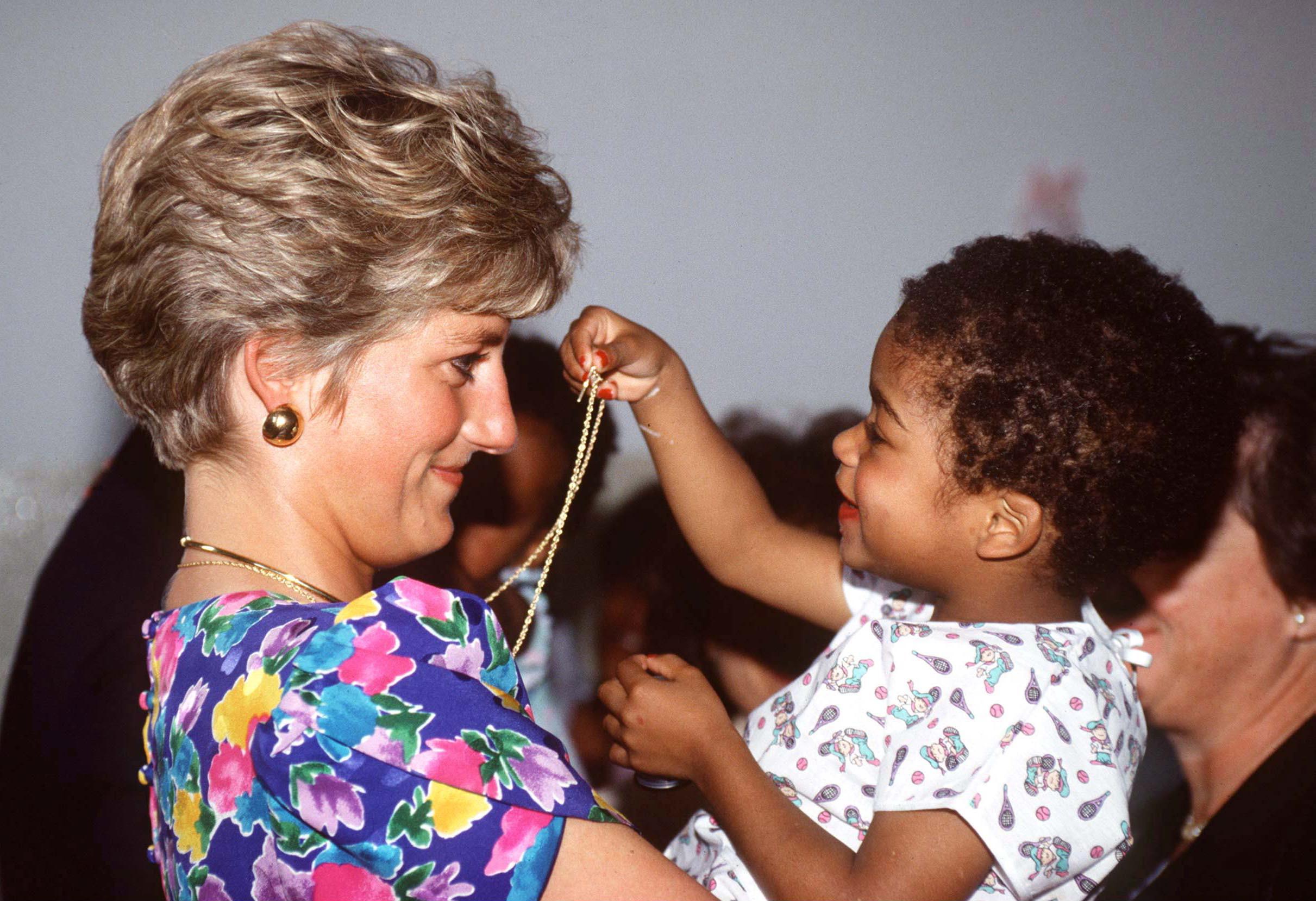 Diana charity work 1