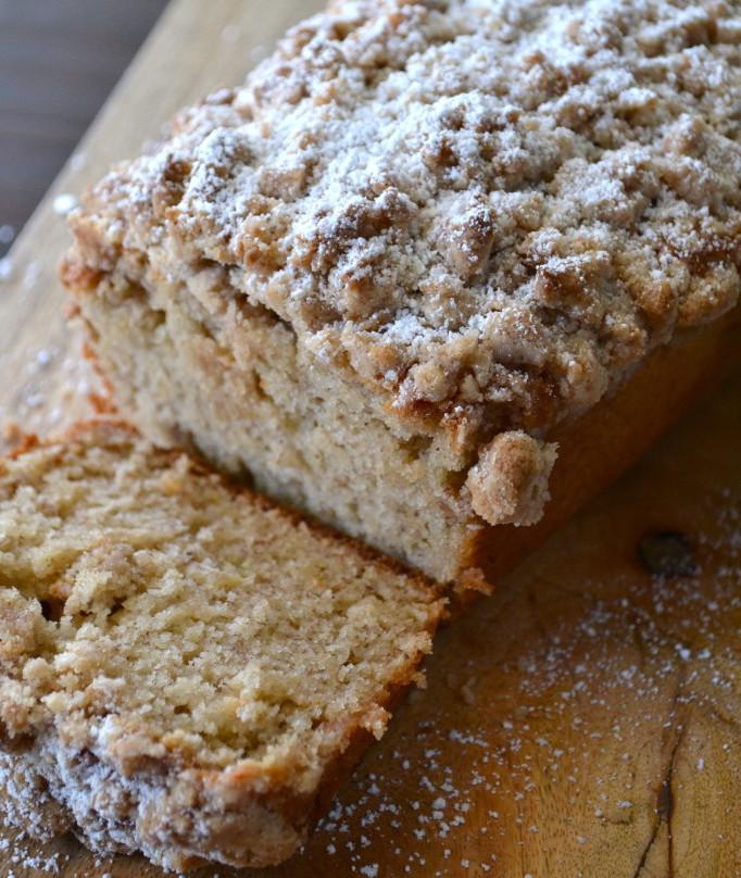 Easy Banana Bread Cinnamon Crumb