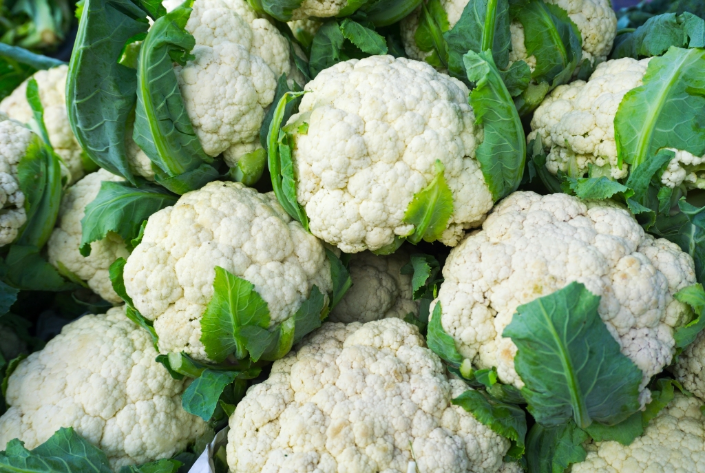 This image has an empty alt attribute; its file name is is-cauliflower-healthy.jpg
