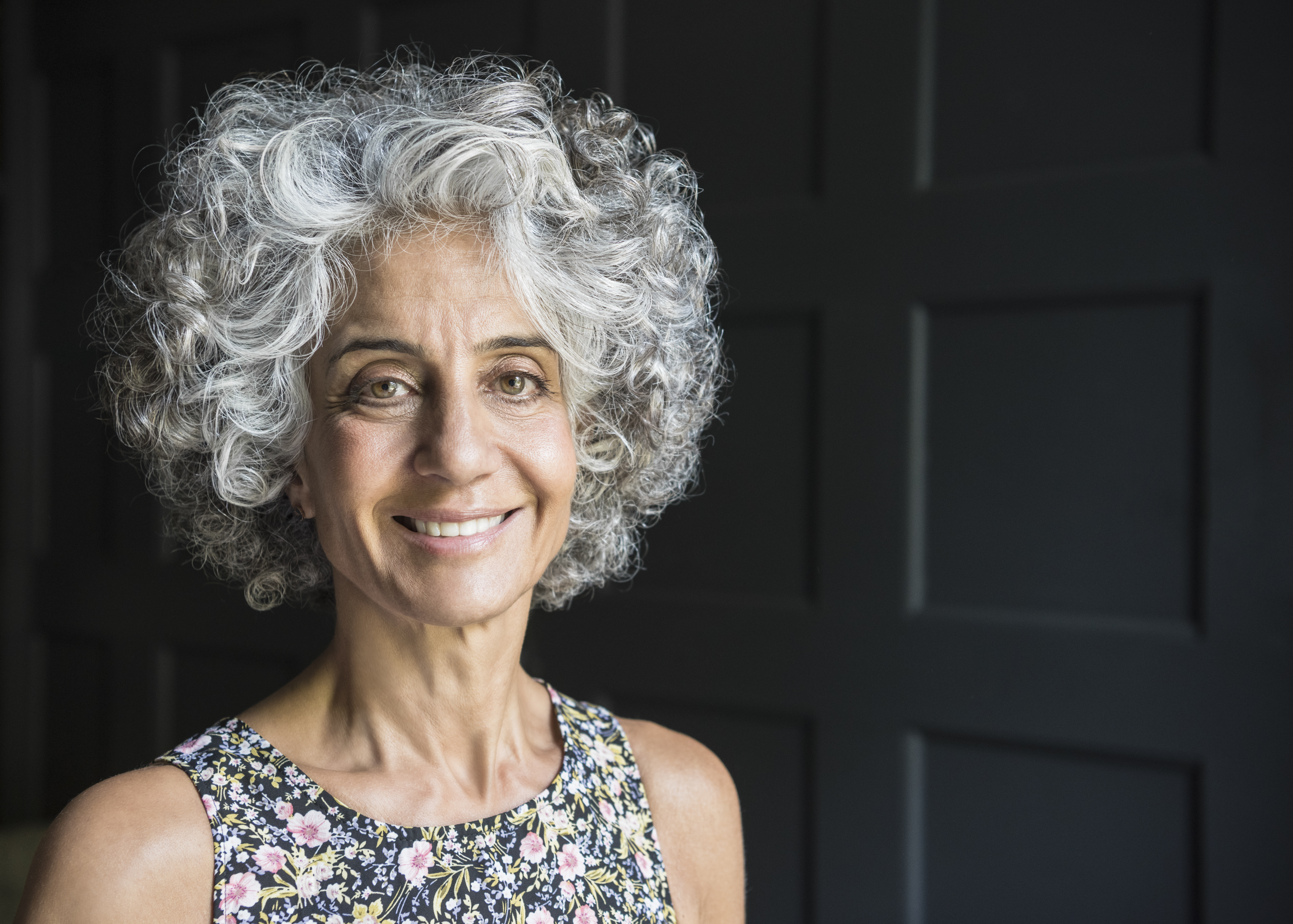 curly hair styles women over 50