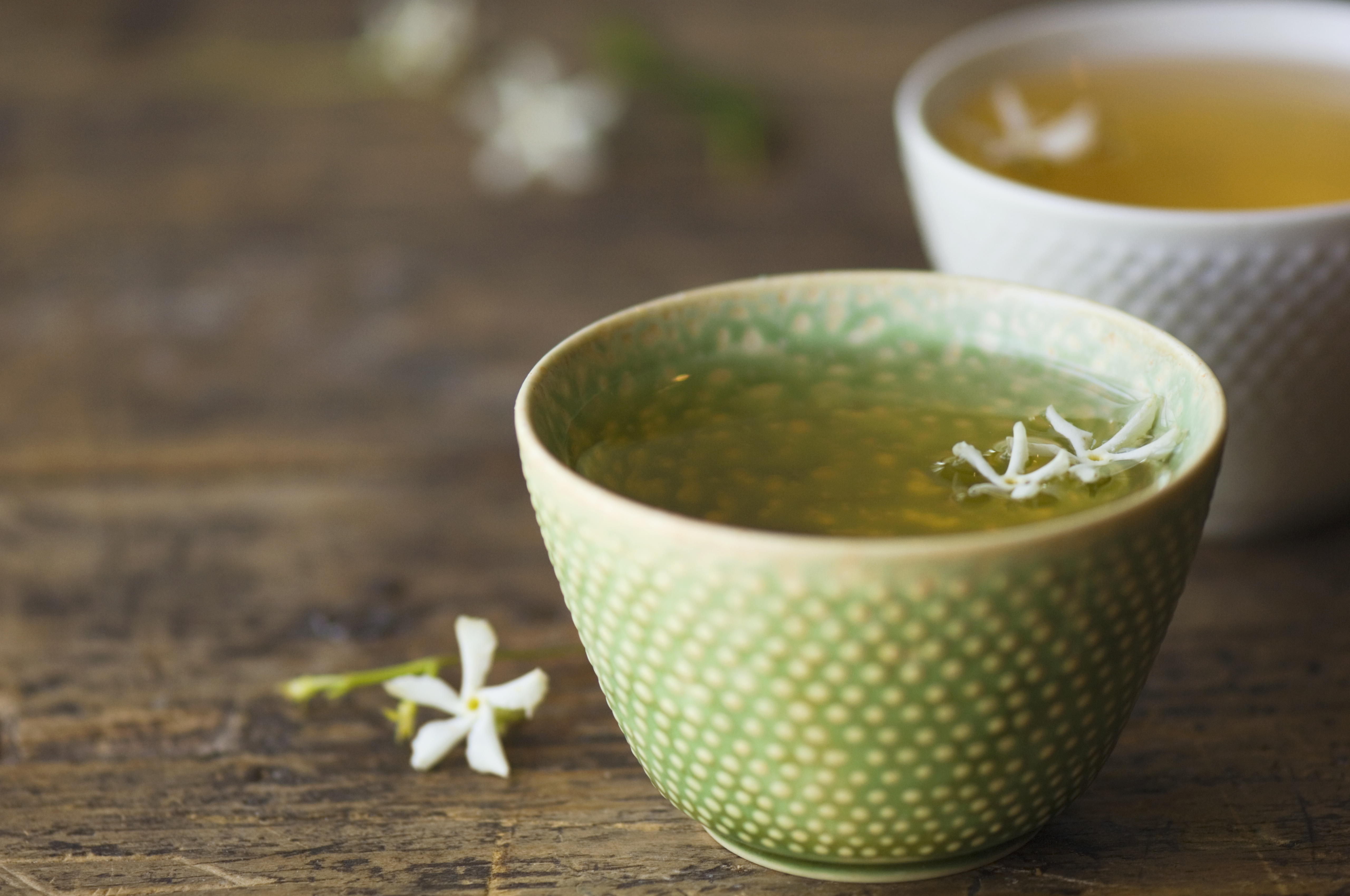 when to drink green tea to lose weight