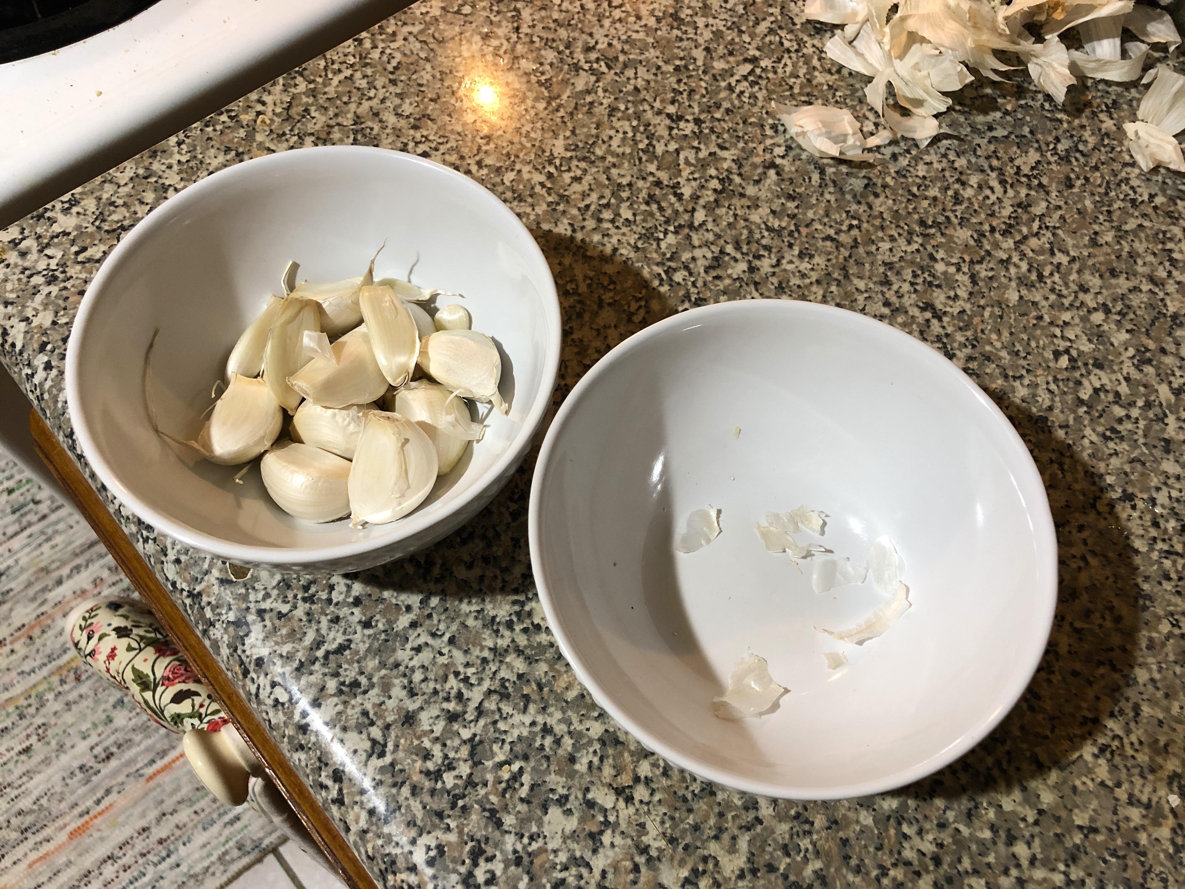 garlic peeling trick