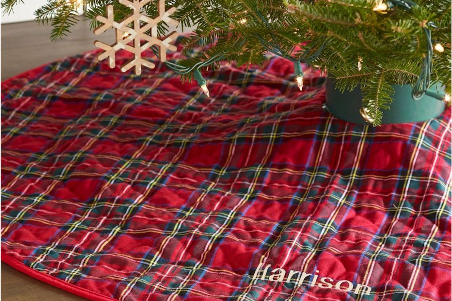 L.L. Bean Classic tree skirt