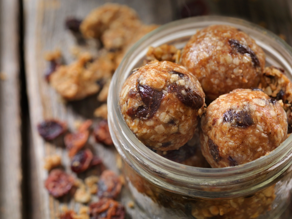 Dried Cranberry and Oat Energy Balls