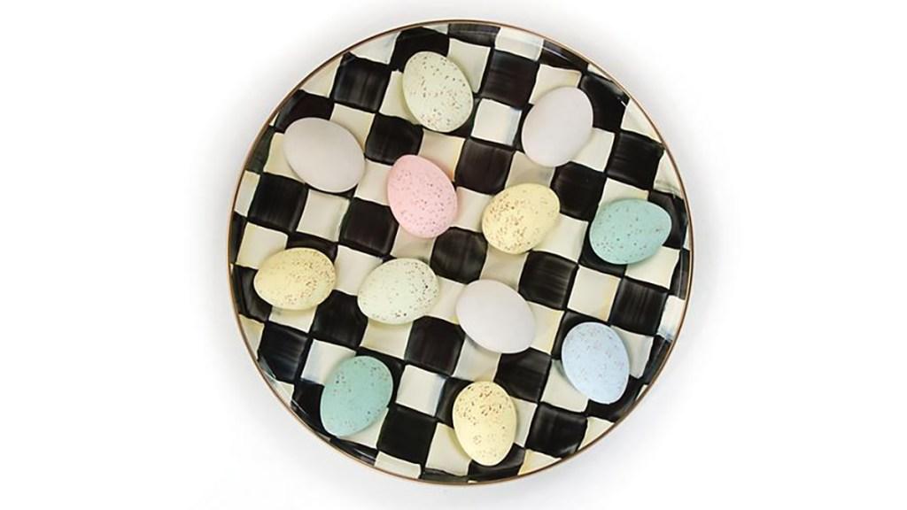 checkerboard egg tray