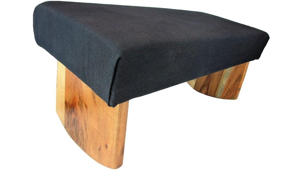 cushioned meditation bench