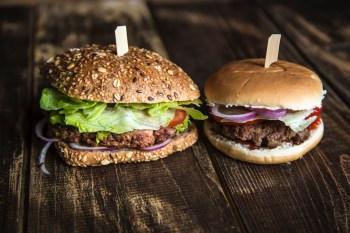 Vegetarian Burger next to hamburger