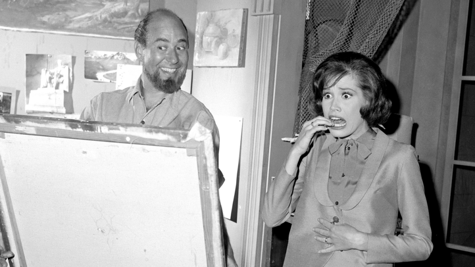 Carl Reiner and Mary Tyler Moore in a scene from 'the Dick Van Dyke Show'
