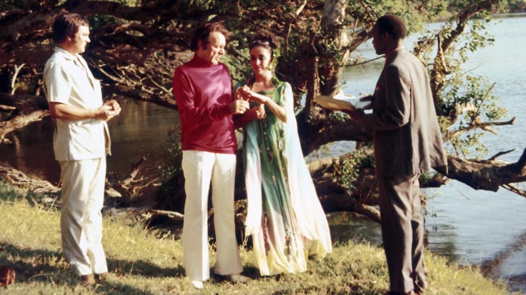 Elizabeth Taylor and Richard Burton's second wedding