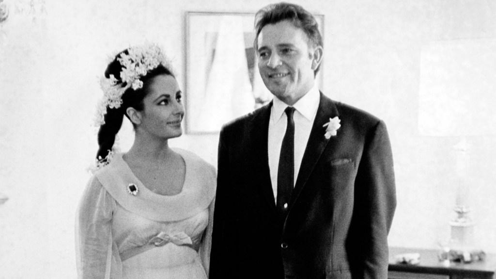 Elizabeth Taylor and Richard Burton at their first wedding