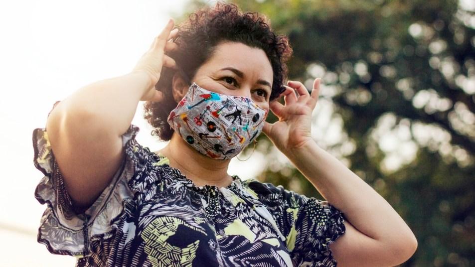 Woman wearing cotton mask