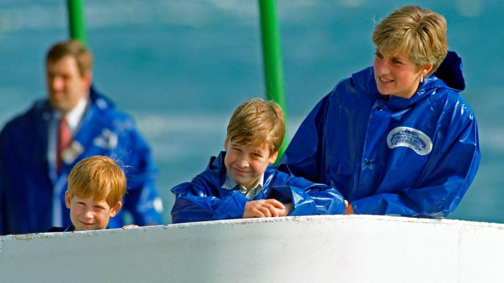 Princess Diana with young William and Harry at Niagara Falls