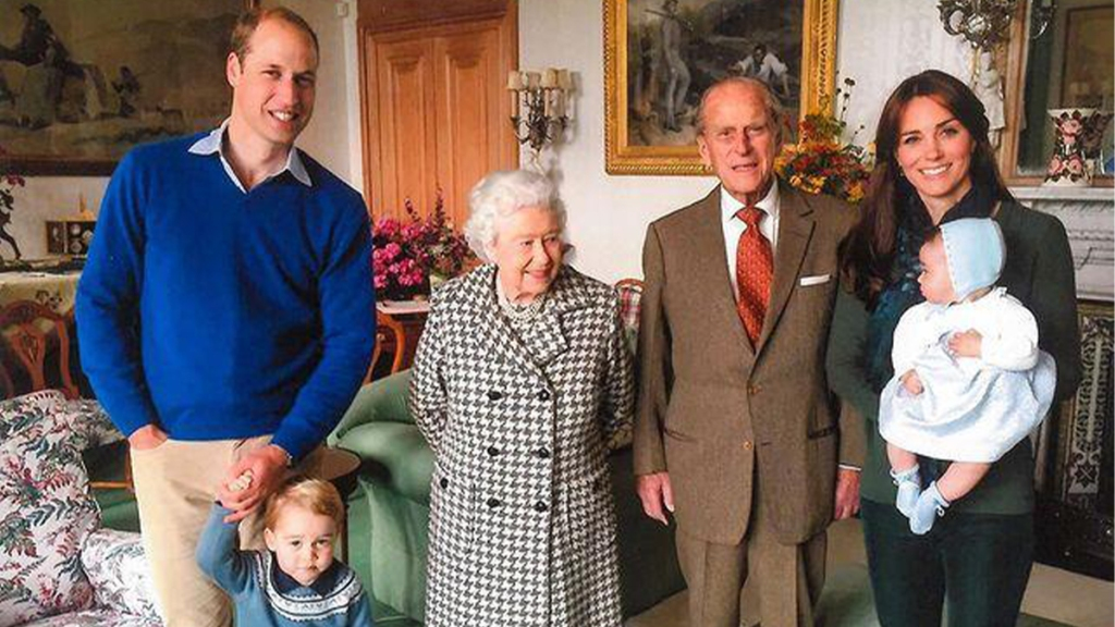 Royal family photo (insert into body copy)