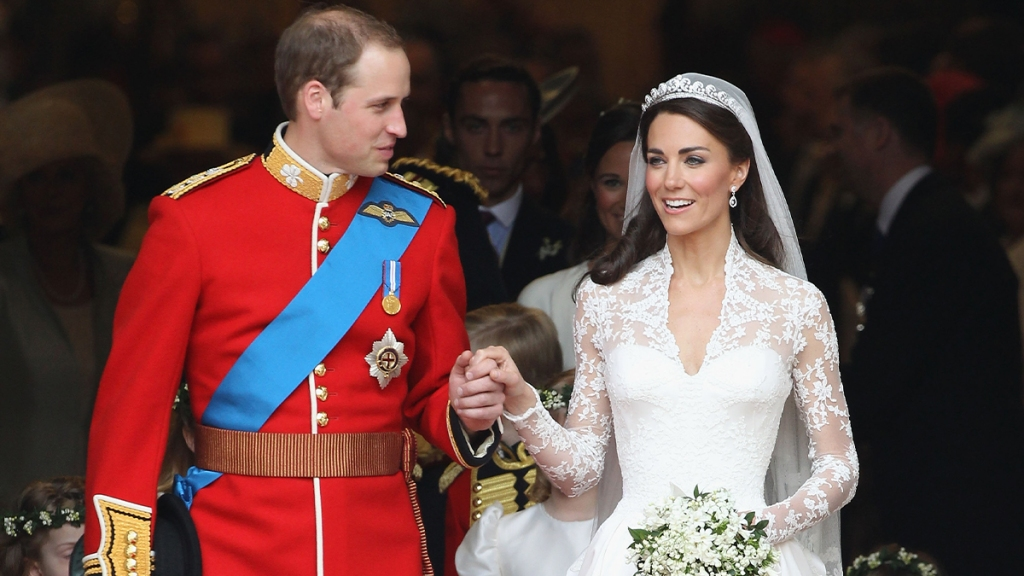 William sharing a look of love to Kate