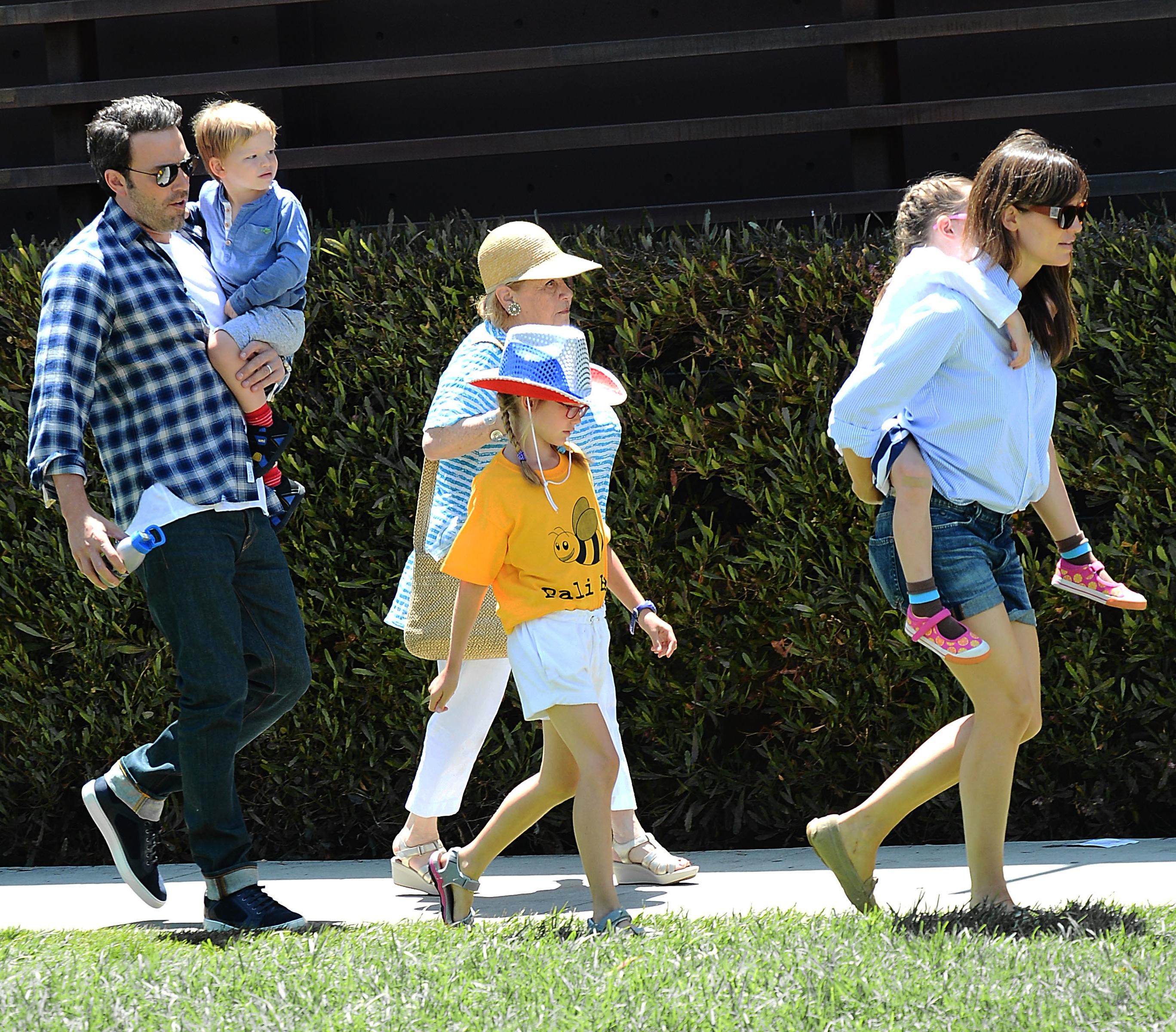 Jennifer Garner Ben Affleck Kids Splash