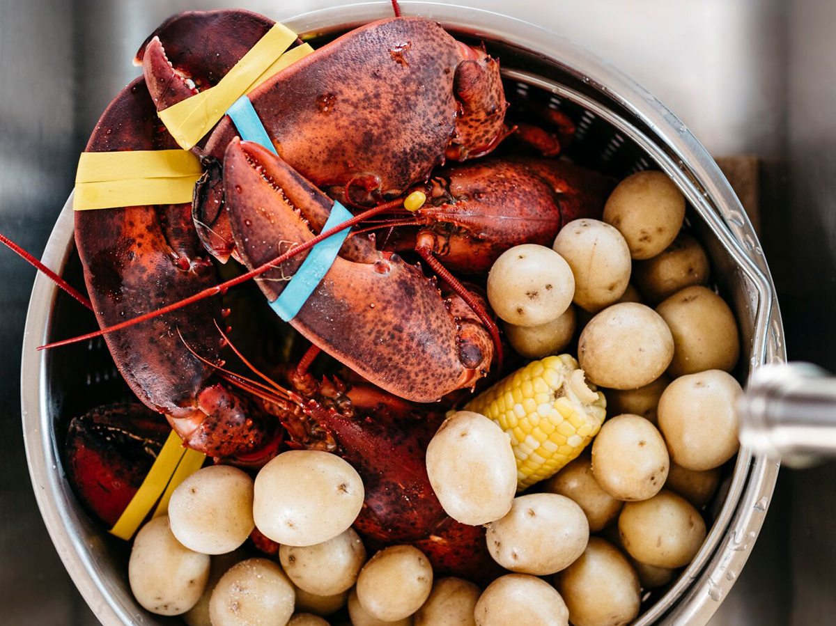 how to cook lobster whole